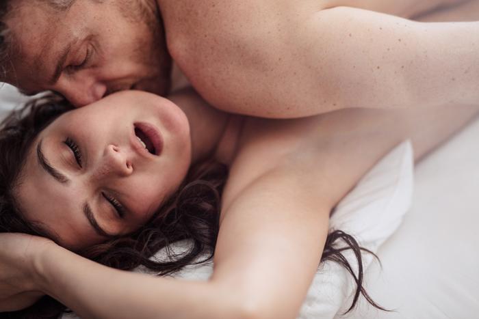 sex-cu-prezervativ